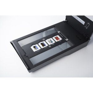 CanoScan 9000 Open with 4 slides in holder Amazon CanoScan 9000: The Best Photo Scanner To Preserve The Road Taken